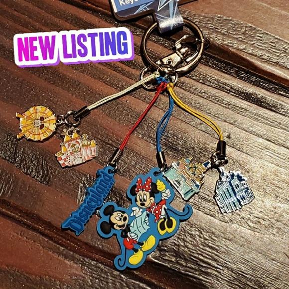 Disney Accessories - DISNEYLAND PARK ICONS KEYCHAIN